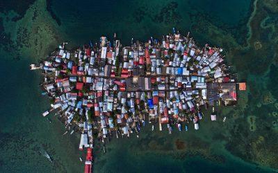 Het hoofd boven water houden in Guna Yala, Panama