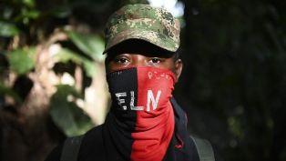 De ELN-rebellen in Colombia roepen staakt-het-vuren uit wegens het coronavirus