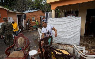 Storm Isaias richt schade aan in Dominicaanse Republiek