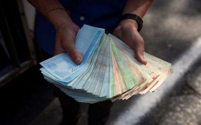 Hyperinflatie in Venezuela doet contant geld – en de economie – verdwijnen